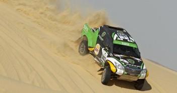La Toyota Hilux di Al Rajhi tra le dune