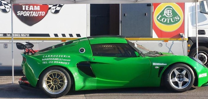 La verde Lotus Exige nuova leader dell'Italiano.