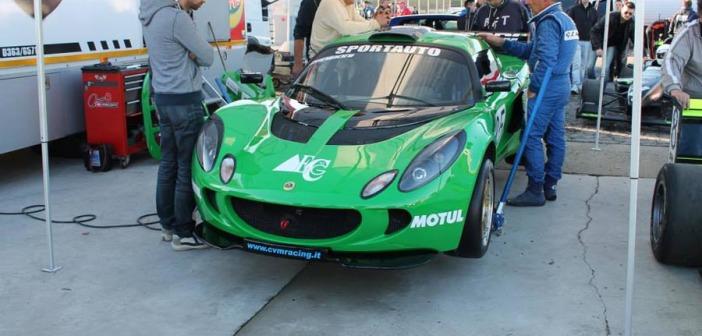 La Lotus Exige di Zaniboni al paddock