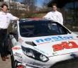 Marcus e Niclas Gronholm vicini alla loro Fiesta Supercar