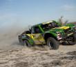 Armin Schwarz in azione con il suo mostro del deserto.