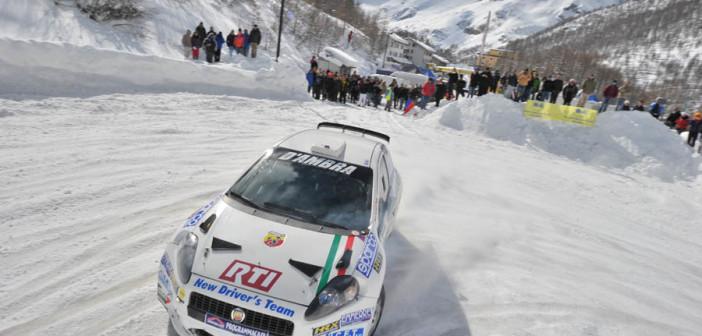 La Fiat Punto S2000 nella prova della passata stagione a Cervinia