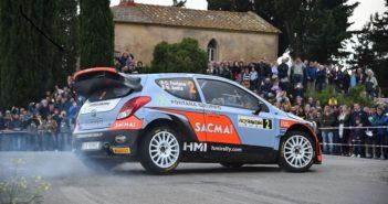 La Hyundai I20 WRC di Fontana in versione full attack
