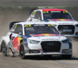 Le due Audi S1 scattano in fuga.