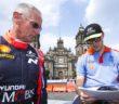 John Kennard e Paddon studiano il tracciato di Placa Zocalò in Messico. Day 1  Photographer: Helena El Mokni Worldwide copyright: Hyundai Motorsport GmbH