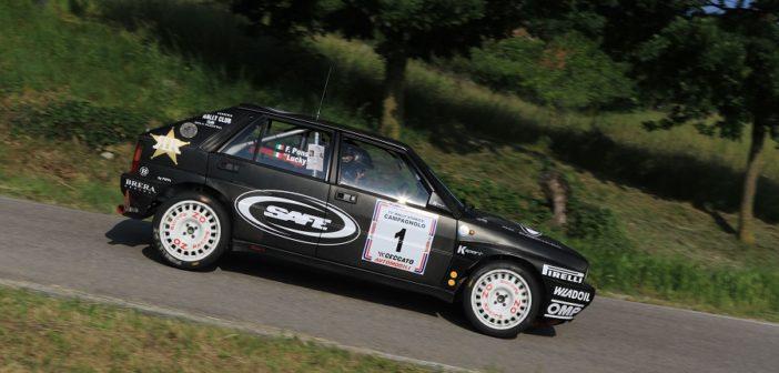 """La Lancia Delta """"all Black"""" di Lucky"""