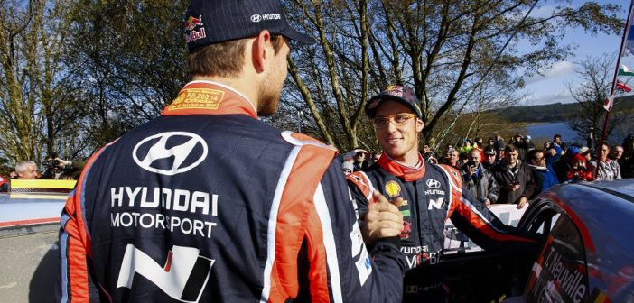 I due top driver del team di Alzenau all'arrivo in Galles.