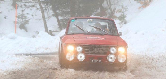 La Fulvia di Aghem in azione sulla neve.