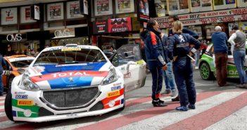 L'equipaggio Ucci Ussi e la loro Peugeot al recente San Remo