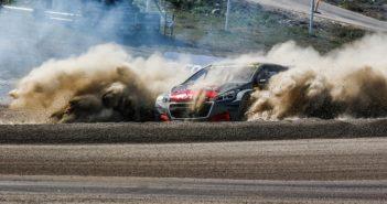 L'avventuara di Peugeot nel WRX va in polvere.