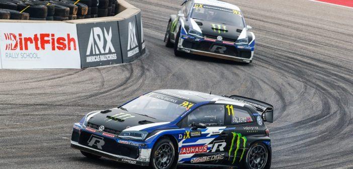 Le due Polo del team Vw in azione sul circuito di Cota.