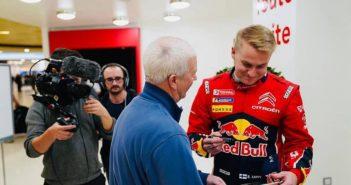 In attesa della presentazione del WRC Lappi ha già iniziato con gli autografi