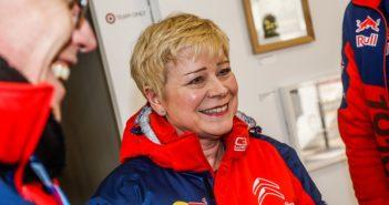 Linda Jackson con le giacche della Citroen Racing al Montecarlo.
