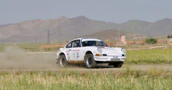 La Porsche di Oreille in azione sulle piste del Marocco.
