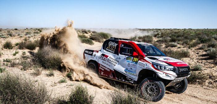La Toyota targata Qatar vola anche nei deserti Kazaki