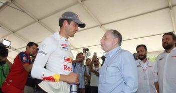 Jean Todt in visita ai teammm del WRC nel service di Marmaris.