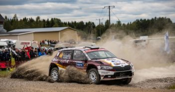Loubet vincitore del WRC2 2019 in azione sulle strade del Finlandia.