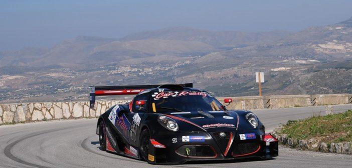 Gabrielli al Monte erice con la sua sfavillante Picchio Alfa Romeo 4C