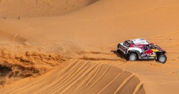 Petrehansel sulle imponenti dune Saudite.
