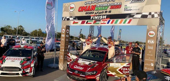 La festa del podio finale a Muscat.