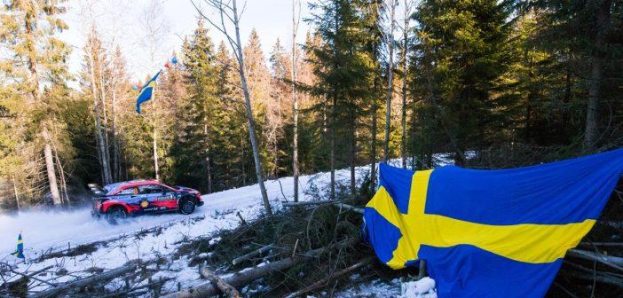 Tanak in uno dei pochi scorci imbiancati di un Varmland che sembra avere i giorni contati.