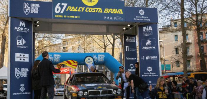L'equipaggio Lucky Pons (uno dei tanti esclusi)  alla partenza 2019 del Costa Brava