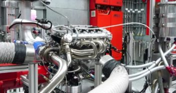 Un propulsore made in Toyota sui banchi prova della TMG.