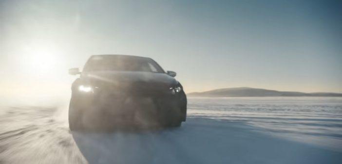 La i20 N con Neuville al volante sui ghiacci Svedesi.