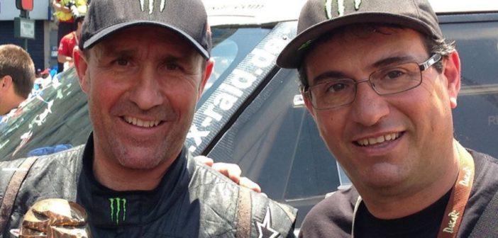 Marco Pastorino all'arrivo di una delle vittoriose Dakar al timone della X-Raid