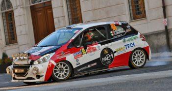 Davide Nicelli protagonista a Roma con la Peugeot 208 R2