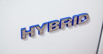La FIA vuole apporre il marchio Hybrid anche sulle rally2